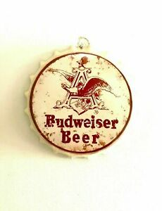 Budweiser Bottle Caps Vintage Metal Tin Wall Art Signs Café Beer Bar Decoration
