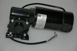 BODINE 33A5BEPM-5F GEAR MOTOR  0.91A 130VDC 1/8HP RATIO 40:1 62RPM NEW