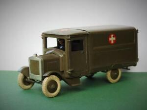 BRITAINS PRE-WAR C1937 RARE LEAD RAMC BRITISH ARMY AMBULANCE WITH DRIVER #1512