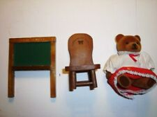 vtg APPLAUSE TEDDY BEAR STORY figures school blackboard chair Miss Bearsly