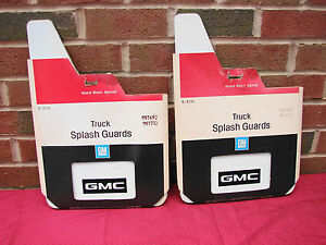 73-87 GMC C/K TRUCK 73-92 JIMMY SUBURBAN NOS GM WHITE SPLASH GUARDS MUD FLAPS