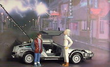Superb Delorean Back To The Future  + figures die cast model car 1/24 Collect.