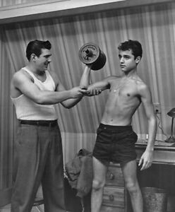 """SAL MINEO - 10"""" x 8"""" b/w Sexy Bare Chested Photograph Lifting Weights 1950s"""