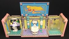Polly Pocket 💛 1999 Stapelhaus Deluxe Mansion - Dream Builders bath bathroom