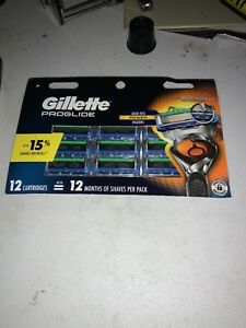Gillette Fusion ProGlide Razor Blades for Men - 12 Refills