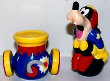 Vintage Disney Salt Pepper Shaker set GOOFY Enesco