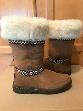NIB Authentic Ugg Sundance Revival Chestnut Brown Tasman Braid Boots Size 6 $270