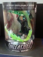 "Hasbro 2006 Star Wars Unleashed 7"" Action Figure - Jedi Luke Skywalker with Base"