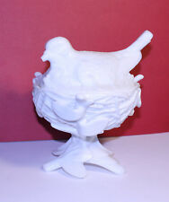 Vintage Westmoreland Bird on a Nest, Milk Glass Bird on a Nest