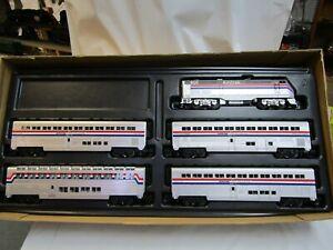 MTH 30-4018-1 AMTRAK GENESIS RTR STARTER  SET  RAILKING  O GA 3 RAIL TESTED