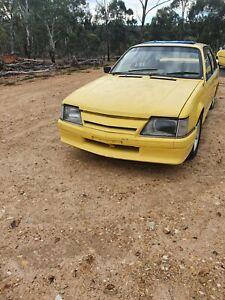 Holden vc Commodore V8 vb vh vk brock