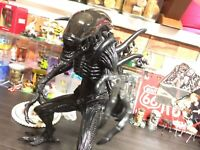 10.2in 26cm Battle Alien Limited Edition figure AVP Alien vs. Predator serise 7