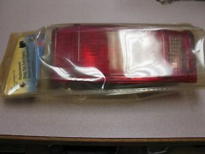 Ford Ranger Pickup right Tail Light Assembly 8-501
