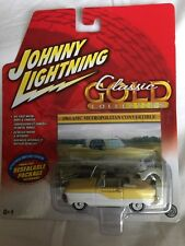 Johnny Lightning Classic Gold 61 1961 AMC Metropolitan Convertible White 1/64