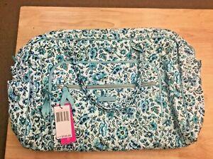 Vera Bradley 22235-Q28 Iconic Weekender Travel Bag, Cloud Vine