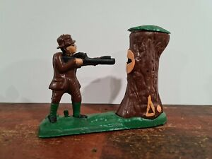 CAST IRON MECHANICAL BANK MONEYBOX BEAR IN TREE WITH SHOOTER