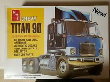 AMT Chevy Titan 90 - Sealed