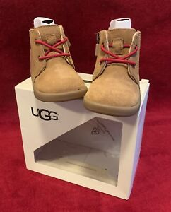 UGG Infant Baby I KRISTJAN CRIB BOOTS SIZE 2/3 S 6  to 12 Months New with Box