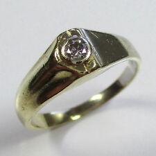 947 - Aparter Ring aus Gold 585 gelb/weiß mit Brillant --- -1801-