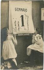 1904 Milano - Bimbe con calendario, Auguri di Buon Anno 1 Genn. - FP B/N VG