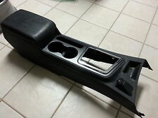 09 Dodge Challenger center console