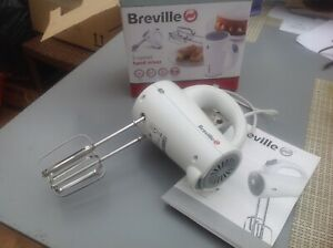 BREVILLE 5 SPEED HAND MIXER WITH BOX & INSTRUCTIONS