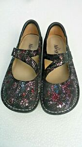 ALEGRIA DAY-249 IRIDESCENT PROFESSIONAL MARY JANES. EUR 37 US 6 1/2.