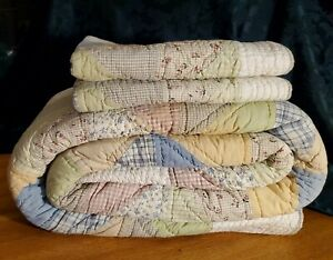 Pottery Barn King Floral Linea Patchwork Quilt with 2 Standard Shams