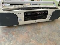 Sony CFS W303 - Radio Cassette Tape Corder Recorder RARE White EXLT Boombox