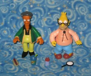 The Simpsons World of Springfield Apu and Grampa Abe Action Figure Set USA