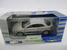 Welly Alfa GT silber Rückzugsmotor Modellauto  WS2362