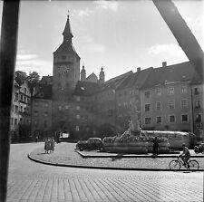AUTRICHE c. 1955 -Autos Fontaine Place du Village Bregenz- Négatif 6 x 6 - Aut 7