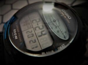 Montre CASIO vintage CosmoPhase CGW 50 cal. 830