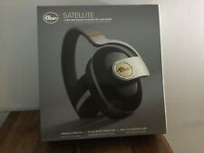 Blue Satellite Premium Wireless Noise-Cancelling Headphones Audiophile Amp Black