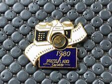pins pin BADGE DIVERS PHOTO PRESSE 1980