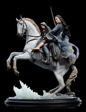 ARWEN AND FRODO ON ASFALOTH WETA