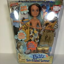 BRATZ SUN-KISSED SUMMER CADE DOLL BOYS WITH A PASSION FOR FASHION
