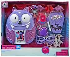Disney Junior Vampirina Vee's Backpack Exclusive Playset