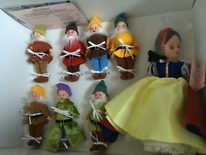 Madame Alexander SNOW WHITE & the SEVEN DWARFS Toy Collector DOLL SET NRFB