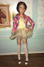 Muñeca Barbie Modern Skipper en bailarina Outift impresionante
