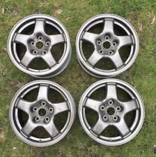 "Ultra Rare Refurbished Genuine Nissan Skyline R32 GTS-T 15"" 6.5J Wheels GTR"