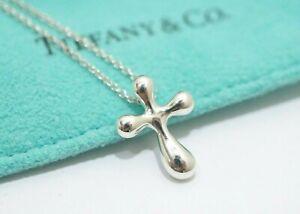 """Tiffany & Co. Sterling Silver Peretti Small Cross Pendant Necklace 16"""""""