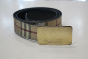 Burberry Long Belt Size 40/100.Made in Italy