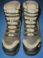 Salomon men's Gore-Tex Boots 9.5
