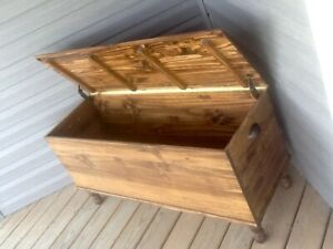 Amish Style Farmhouse Blanket Hope Chest Solid Wood Pine Trunk English Chestnut