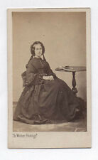 PHOTO CDV Carte de visite Th. Wolter Nantes Femme Coiffe Livre Robe Vers 1870