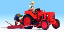 Noch 16756 Fahr Tractor With Two Figures HO Gauge Figures Set