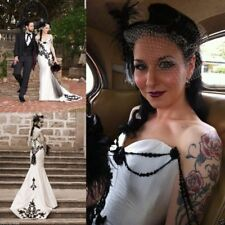 Victorian Black and White Mermaid Wedding Dress Gothic Lace Applique Bridal Gown