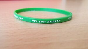 "Green Thin Silicone Bracelet With Message ""Live your purpose"""