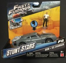 Fast and Furious Stunt Stars Car & Figurine F8 - Dom And Ice Charger
